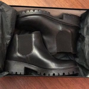 Brand New Barneys NY Black Leather Chelsea Boots